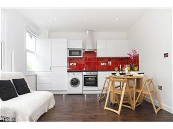 Property & Flats to rent with Barnard Marcus (West Kensington) L2L421-760