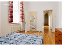 3 Bed Flats And Apartments in Queens Gate property L2L421-640