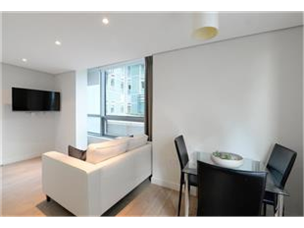 Property & Flats to rent with Barnard Marcus (West Kensington) L2L421-739