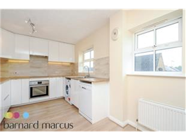 Property & Flats to rent with Barnard Marcus (North Finchley) L2L423-345