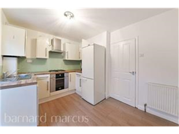 Property & Flats to rent with Barnard Marcus (North Finchley) L2L423-599
