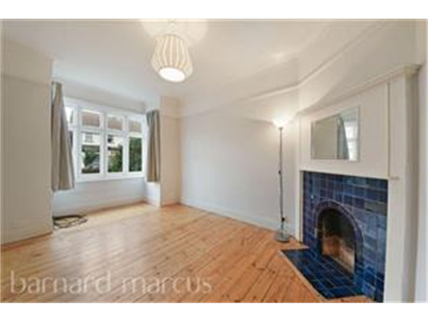 Property & Flats to rent with Barnard Marcus (North Finchley) L2L423-600