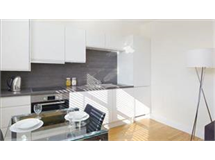 1 Bed Flats And Apartments in Ravenscourt Park property L2L425-493