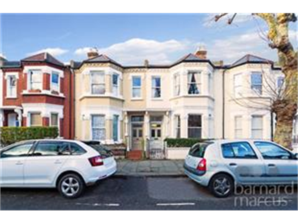 Property & Flats to rent with Barnard Marcus (Earlsfield) L2L426-391