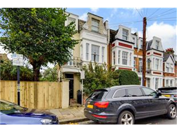 Property & Flats to rent with Barnard Marcus (Earlsfield) L2L426-246