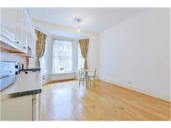Property & Flats to rent with Barnard Marcus (Ealing) L2L429-607