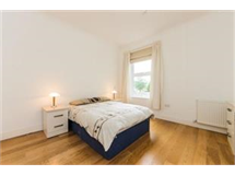 1 Bed Flats And Apartments in Ealing property L2L429-330