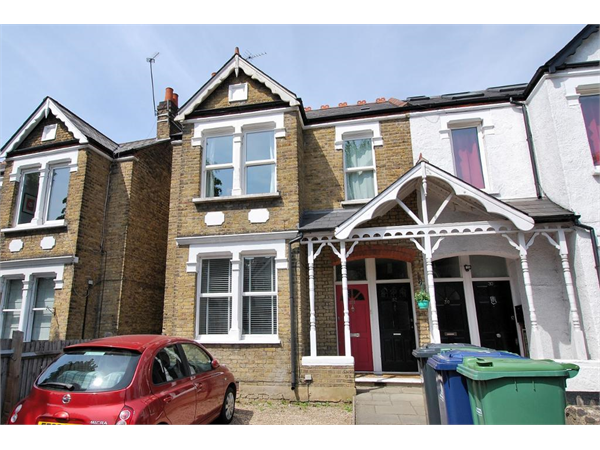 Property & Flats to rent with Tuffin & Wren (Ealing) L2L43-271