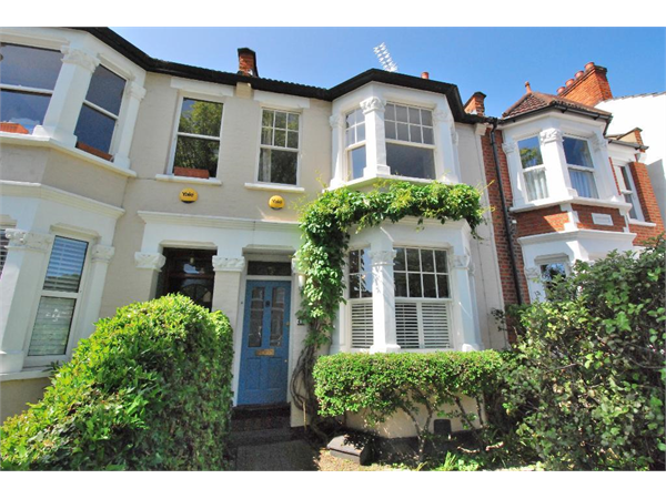 Property & Flats to rent with Tuffin & Wren (Ealing) L2L43-255