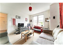 3 Bed Flats And Apartments in Streatham property L2L430-467