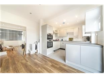 4 Bed House in Streatham Vale property L2L430-474
