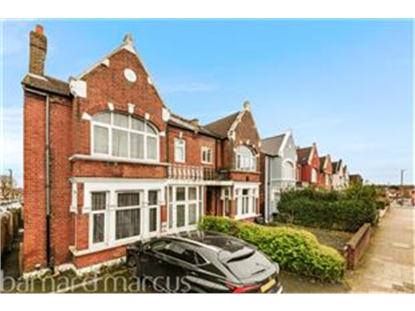 Property & Flats to rent with Barnard Marcus (Streatham) L2L430-523