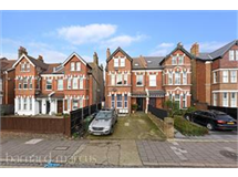 3 Bed Flats And Apartments in Streatham Vale property L2L430-483