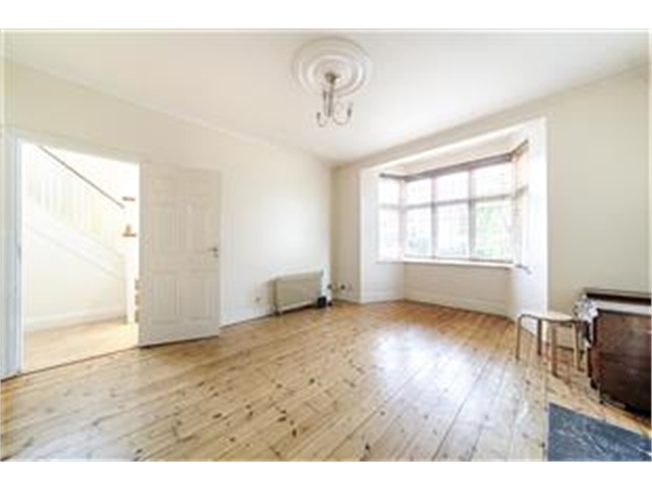 Property & Flats to rent with Barnard Marcus (Streatham) L2L430-191