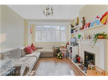 4 Bed House in Streatham Vale property L2L430-486