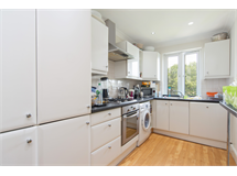 3 Bed Flats And Apartments in West Hampstead property L2L4307-256