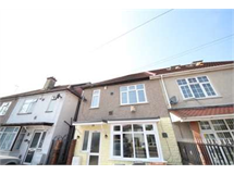 3 Bed House in Hounslow West property L2L4318-226
