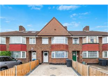 3 Bed House in Malden Green property L2L433-416