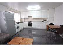 3 Bed Flats And Apartments in Bromley By Bow property L2L4338-344