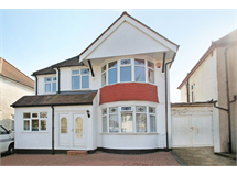5 Bed House in Wealdstone property L2L4340-252