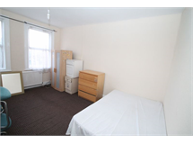 2 Bed Flats And Apartments in West Harrow property L2L4340-335