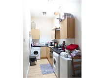 1 Bed Flats And Apartments in Selsdon Parade property L2L435-512