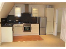 1 Bed Flats And Apartments in Surbiton Hill property L2L436-338