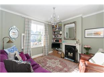 2 Bed House in Surbiton property L2L436-330