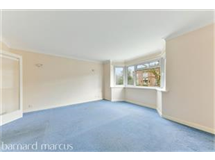 2 Bed Flats And Apartments in Surbiton property L2L436-506