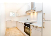1 Bed Flats And Apartments in Benhilton property L2L437-575