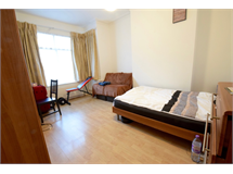 2 Bed Flats And Apartments in Cricklewood property L2L4375-610