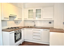 3 Bed Flats And Apartments in Camberwell property L2L4393-1372