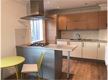 2 Bed Flats And Apartments in Heathway property L2L4403-260
