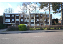 2 Bed Flats And Apartments in Croxley Green South property L2L4404-1245