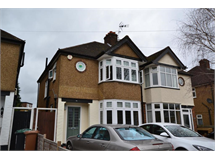 3 Bed House in Croxley Green North property L2L4404-1255