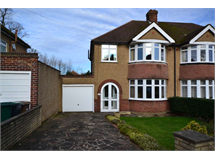 3 Bed House in Croxley Green North property L2L4404-138