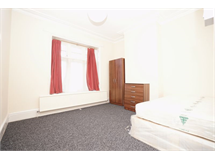 1 Bed Flats And Apartments in Emerson Park property L2L4413-441