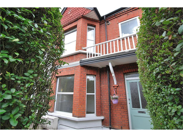 Property & Flats to rent with Tuffin & Wren (Hanwell) L2L45-382