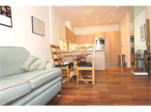 3 Bed Flats And Apartments in Shepherds Bush property L2L4560-443