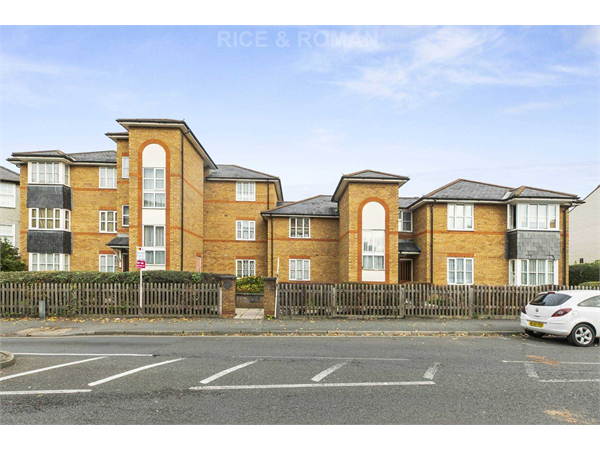 Property & Flats to rent with Rice & Roman L2L4571-315
