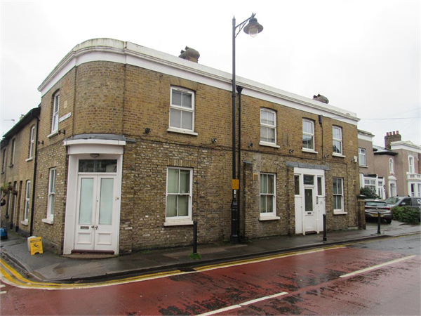 Property & Flats to rent with Bairstow Eves (Carshalton) L2L4577-286
