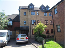 1 Bed Flats And Apartments in The Broadway property L2L4577-506