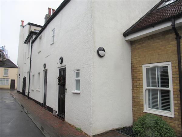 Property & Flats to rent with Bairstow Eves (Carshalton) L2L4577-278