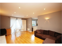 1 Bed Flats And Apartments in Acton Park property L2L4586-1058