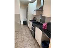 1 Bed Flatshare in Tooting property L2L4793-1380