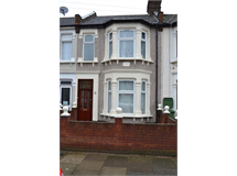 3 Bed House in Loxford property L2L4806-529