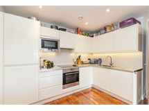 2 Bed Flats And Apartments in Parsons Green property L2L4835-1079