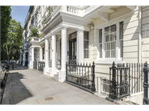 1 Bed Flats And Apartments in Queens Gate property L2L4835-923
