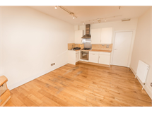 1 Bed Flats And Apartments in Oval property L2L4835-1006