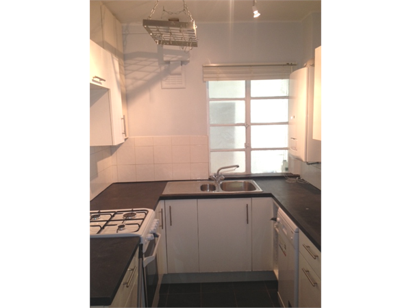 Property & Flats to rent with Hetheringtons (Lettings) (South Woodford) L2L4886-635